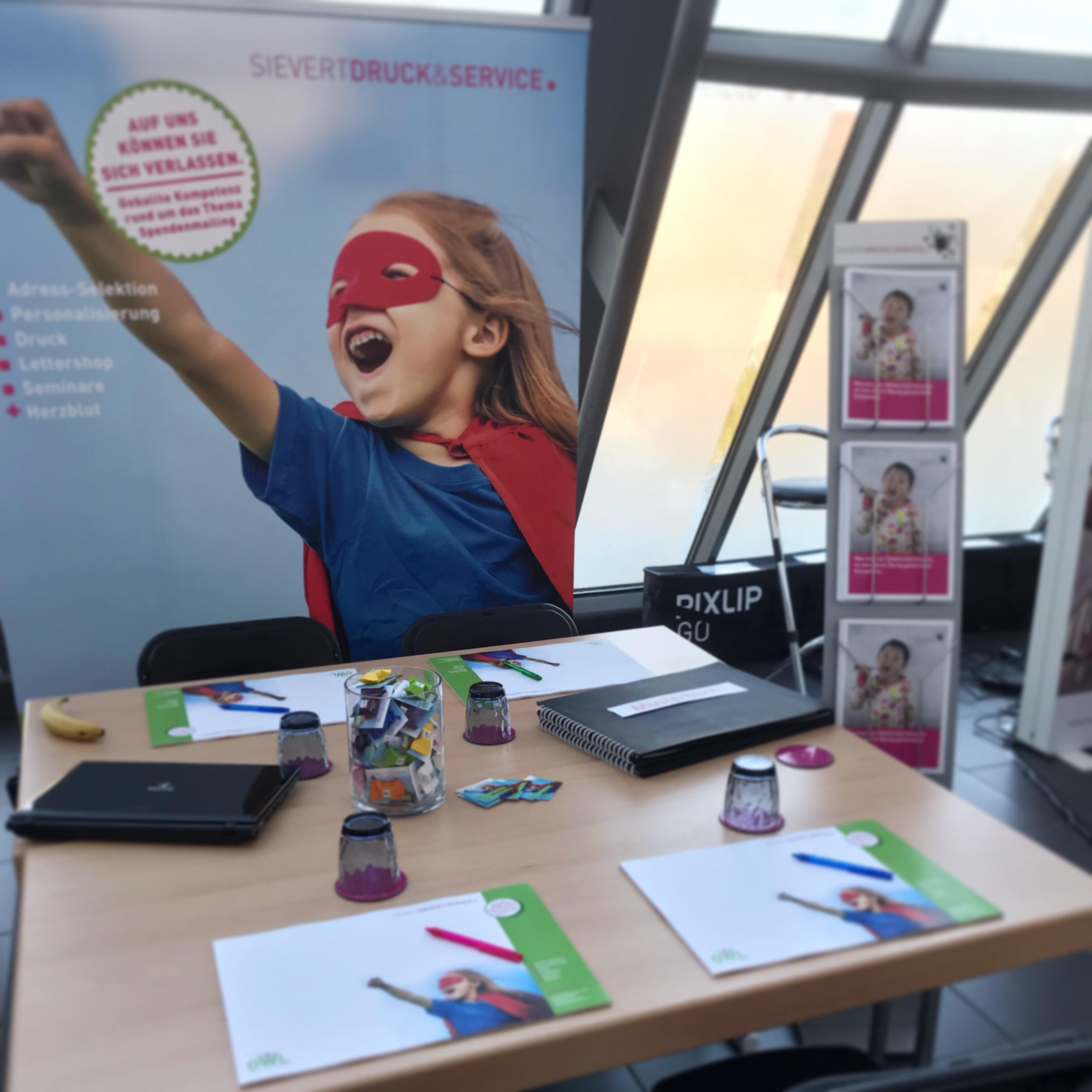 Fundraisingtag NRW.Superheld*in sein - OWL goes Fundraising